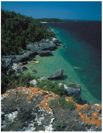 Rocky shore of Lake Huron, one of the Great Lakes and the world's fifth largest. (Reproduced by permission of Field Mark Publications.)