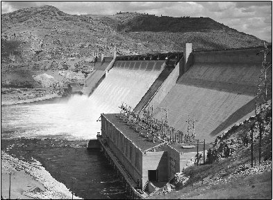 Hydropower harnessing the water cycle hydropower production many the grand coulee dam in washington is the largest hydroelectric plant in the united states sciox Image collections
